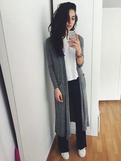 #huge everything. minimal. style. blogger