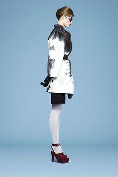Saint Laurent Pre-Fall 2010 Fashion Show - Yulia Kharlapanova (OUI)