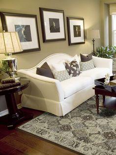 die perfekte farbpalette im wohnzimmer cremegelbe w nde wohneinrichung pinterest. Black Bedroom Furniture Sets. Home Design Ideas
