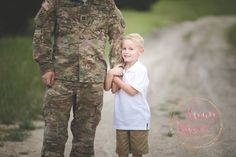Don't worry, dad. While you're away, I got this.    #centraltexas #harkerheights #copperascove #killeen #forthood #anpfamilies #killeenphotographer #armystrong #armylife #amyniverphotography #deploymentsucks #deploymentstrong #armystrong #armybrat #armylove #armyfamily