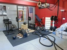 These gym has a great layout and all of the essentials for a great home garage gym.