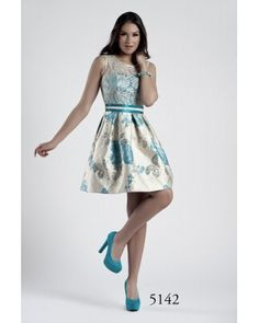 15 mejores imágenes de vestidos pomposos  d228cbfb15f9