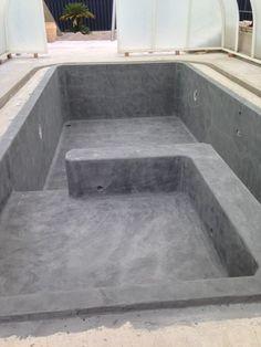 Indoor pool in gray tones Pools For Small Yards, Small Backyard Pools, Backyard Pool Designs, Outdoor Pool, Diy Swimming Pool, Diy Pool, Swimming Pool Designs, Piscine Diy, Piscina Interior