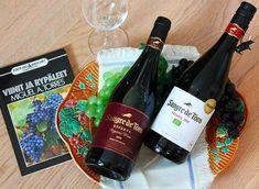 Sangria, Red Wine, Alcoholic Drinks, Bottle, The Originals, Flask, Liquor Drinks, Alcoholic Beverages, Liquor