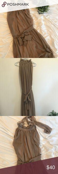 Long mexi dress. Flowy and elegant! Long mexi dress. Flowy and elegant! Brand new. Never worn Dresses Maxi