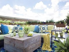 Small-Space Patio Ideas from HGTV >> http://www.hgtv.com/outdoor-rooms/design-ideas-for-a-small-outdoor-space/pictures/page-3.html?soc=pinterest
