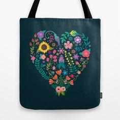 Floral Heart Tote Bag by Anna Deegan  #bag #totebag #accessoires #fashion #shoppingbag #beachbag #art #hearts #love #lovethemes #gift #valentinegift  #valentine #valentinesday #valentinedecor #decorative #giftidea #happyvalentinesday