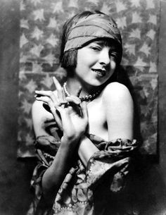 Colleen Moore, c. 1927...awe...the year my sweet GM graduated from HS...I miss her !!