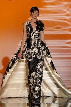 Carla Ruiz 35 (Vestido de Fiesta). Diseñador: Carla Ruiz. ...
