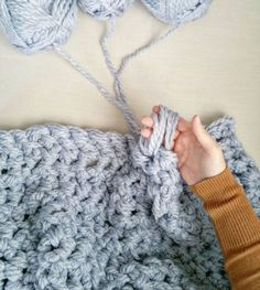 Learn how to Hand Crochet a Chunky Blanket in one Hour | The WHOot