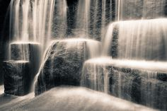two second exposure of fountain at FDR Memorial