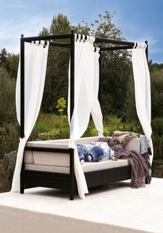 Outdoor | Garden | Canopy bed | Lounging | Modern | Livingetc