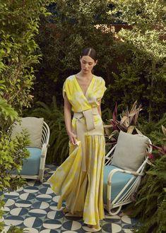 Silvia Tcherassi Where Street Style Comes to LifePre-Fall 2020 Fashion Collection---------------------------------------------------------------------------- # 2020 Fashion Trends, Fashion Mode, Fashion 2020, Look Fashion, Fashion News, Korean Fashion, Spring Fashion, High Fashion, Fashion Show
