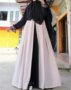 Moslem Fashion, Niqab Fashion, Modest Fashion, Women's Fashion Dresses, Hijab Dress Party, Hijab Style Dress, Hijab Chic, Mode Abaya, Mode Hijab