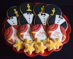 Oscar themed cookies for the Academy Awards! Academy Awards, Cookies, Christmas Ornaments, Holiday Decor, Instagram Posts, Desserts, Crack Crackers, Tailgate Desserts, Deserts