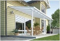 The Feria Patio Cover is a multi purpose product and provides style and stability for many years to come. It is an aesthetic roofing solution which can provide different kinds of outdoor usage; as a patio cover, carport or sun lounge area. Gazebo Pergola, Pergola Kits, Outside Living, Outdoor Living, Outdoor Decor, Backyard Patio, Backyard Landscaping, Waterproof Pergola Covers, Decks And Porches