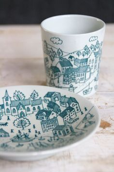 cup & plate from the Danish illustrator Paul Høyrup for Nymolle