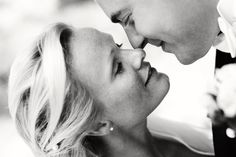 the kiss of the happy couple - wedding photo by top Swedish wedding photographers Dayfotografi