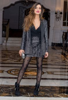 In the stars Hot Outfits, Skirt Outfits, Classy Outfits, Casual Outfits, Fashion Outfits, Pantyhose Outfits, Pantyhose Fashion, Nylons, Ropa Semi Formal