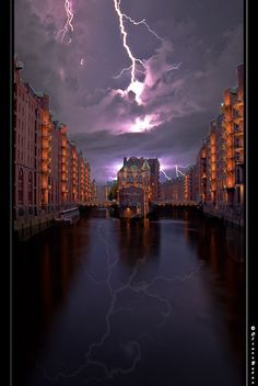Amazing lightning storm captured in Hamburg by Oliver hornbost.  I love the reflection.