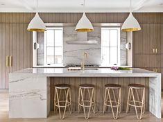 View the portfolio of interior designer Brynn Olson Design Group in Chicago, IL Kitchen Cabinet Colors, Kitchen Colors, Kitchen Interior, Kitchen Design, Dark Wooden Floor, Marble Island, Glass Cabinet Doors, Living Magazine, Transitional Kitchen