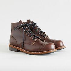 Thorogood 1892 Dodgeville cap toe boots