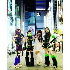 Instagram【masatakasatoh】さんの写真をピンしています。 《古い写真ですが「サイバーナイト」の写真(^ω^) ど深夜の歌舞伎町です。  なぎさん、先っぽちゃん、北見えりちゃん、もあさん  #サイバー #cyber #tokyo #shinjuku #東京 #新宿 #歌舞伎町 #canon #canon5d3 #夜景 #深夜》