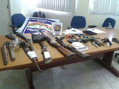 DE OLHO 24HORAS: Vinte pessoas são detidas com armas e drogas em op...