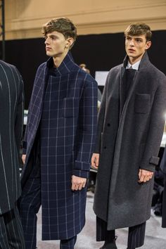 Wooyoungmi – Men's style, accessories, mens fashion trends 2020 Fashion Week, Look Fashion, Mens Fashion, Fashion Tips, Fashion Design, Fashion Styles, Moda Formal, Style Masculin, Inspiration Mode