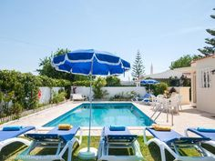 Villa rental in Albufeira with swimming pool, Oura Beach - private pool, golf, walking, beach/lake nearby, balcony/terrace, air con, TV, DVD