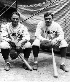 lou gehrig and babe ruth chillin' in between swings
