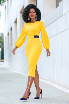 Mustard Midi Dress w/Navy Contrast Waist (Style Pantry) Classy Work Outfits, Classy Dress, Chic Outfits, Dress Outfits, Fashion Outfits, Latest African Fashion Dresses, African Print Fashion, African Attire, African Dress