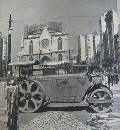 Catedral da Sé em construção por volta dos anos 20