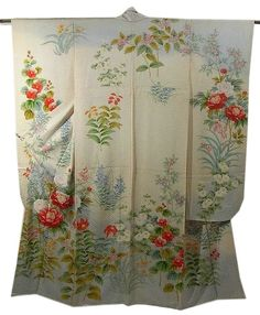 Furisode Kimono I bought at Ichiroya Flea marked, the place for getting Japanese wearable art.