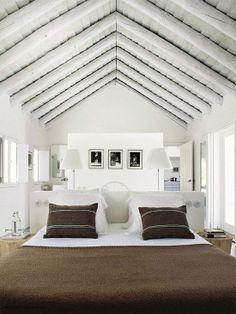 Neo rustic bedroom | Designed by Vera Iachia via Elle Decoration France Jul-Ago 2013 © Nicolas Mathéus