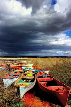 Lake Boats by Alp Cem #xemtvhay