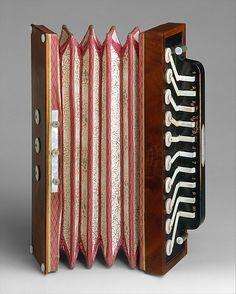 1835 British Accordion at the Metropolitan Museum of Art, New York