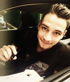 mattia de sciglio Soccer Players, Cristiano Ronaldo, Rings For Men, Handsome, Football, Fifa, Guys, Sexy, Italia