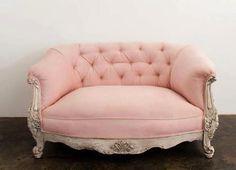 Bilderesultat for rosa sofa Pink Furniture, Shabby Chic Furniture, Vintage Furniture, European Furniture, Couch Furniture, Furniture Stores, Rustic Furniture, Furniture Design, Take A Seat