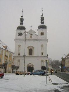 Kostel na náměstí v Březnici Czech Republic, Notre Dame, Building, Travel, Viajes, Buildings, Destinations, Traveling, Trips