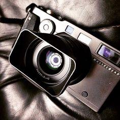 A gorgeous shot of the gorgeous Hasselblad X-Pan by @osakr #Hasselblad #hasselbladxpan #xpan #panoramiccamera #filmrangefinder #film #filmcamera #filmcamerasinternational #camera by filmcamerasinternational