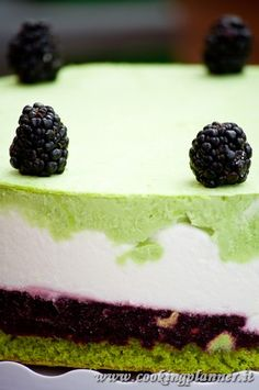 mousse with yogurt, blackberry and pistache