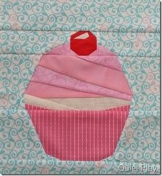 I seriously LOVE this!! Sure to give you sweet dreams =) | This ... : cupcake quilt block - Adamdwight.com