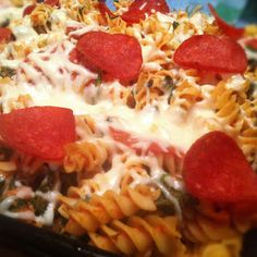 What's cooking in the burbs: Pizza Casserole....6 pts. on Weight Watchers!
