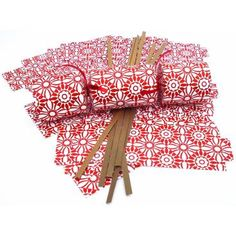 So much better than other Christmas Cracker Kits/ Best quality crackers kits with pre-scored wraps, festive paper hats, snaps, ribbon and Christmas jokes. 1 Kit makes 6 Christmas Crackers. Christmas Jokes, Days Before Christmas, Christmas Diy, White Christmas, Best Christmas Crackers, Make Arrangements, The Elf, Elves, Red And White