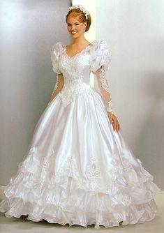 White Ivory Lace Flower Girl Dresses 2017 Tank Long Girls First Communion Dress Pagaent Dress vestidos primera comunion 2016 from Reliable dresses plus size girls suppliers on Bright Li Wedding Dress Wedding dresses - Fashiondivaly 1980s Wedding Dress, Worst Wedding Dress, Dream Wedding Dresses, Pretty Dresses, Beautiful Dresses, Beautiful Wedding Gowns, Bridal Style, Bridal Gowns, Vintage Dresses
