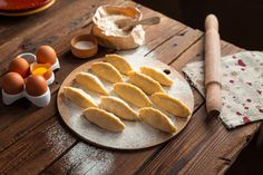 """Takeout Kit """"Argentinian Empanadas & Sofrito"""" Meal Kit, Dinner for 4 Cooking Classes, Cooking Tips, Cooking Games, Oven Cooking, Cooking Light, Cooking Recipes, Cooking Leeks, Cooking Corn, Cooking Dishes"""