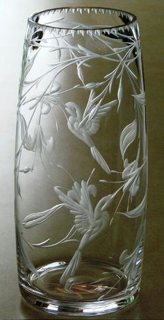 Sometimes clear hand-engraved crystal vases are stunning. This one by Catherine Miller of Catherine Miller Designs*Technique-Stone wheel * Crystal Glassware, Crystal Vase, Glass Engraving, Hand Engraving, Art Of Glass, Cut Glass, Glass Ceramic, Mosaic Glass, Perfumes Vintage