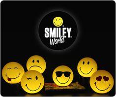 Happy, Lover, Fun, Cool, Playful, Grumpy ? Bij elk humeur past een gezellige SmileyWorld kinderlamp. Deze energiezuinige LED-lampen geven een funny touch aan elk hippe en stoere kinder-tienerkamer. http://www.bobenbelle.nl/c-2954220/smileyworld/