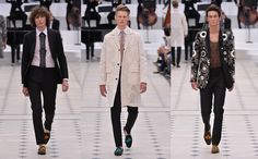 Burberry Prorsum SS16Christopher Bailey's romantic vision for summer menswear employed charming lace and feminine touche #mennesslife #mennsstyle #menswear2015 #mensfashion2015 #fashionformen 3burberry #burberryformen 3meninlace #meninfloral